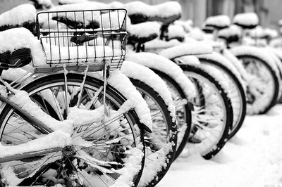 Snow bikes-flickr-richardholden