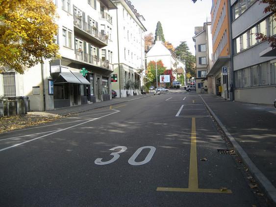 Zurich 30kph zone, by EURIST e.V.